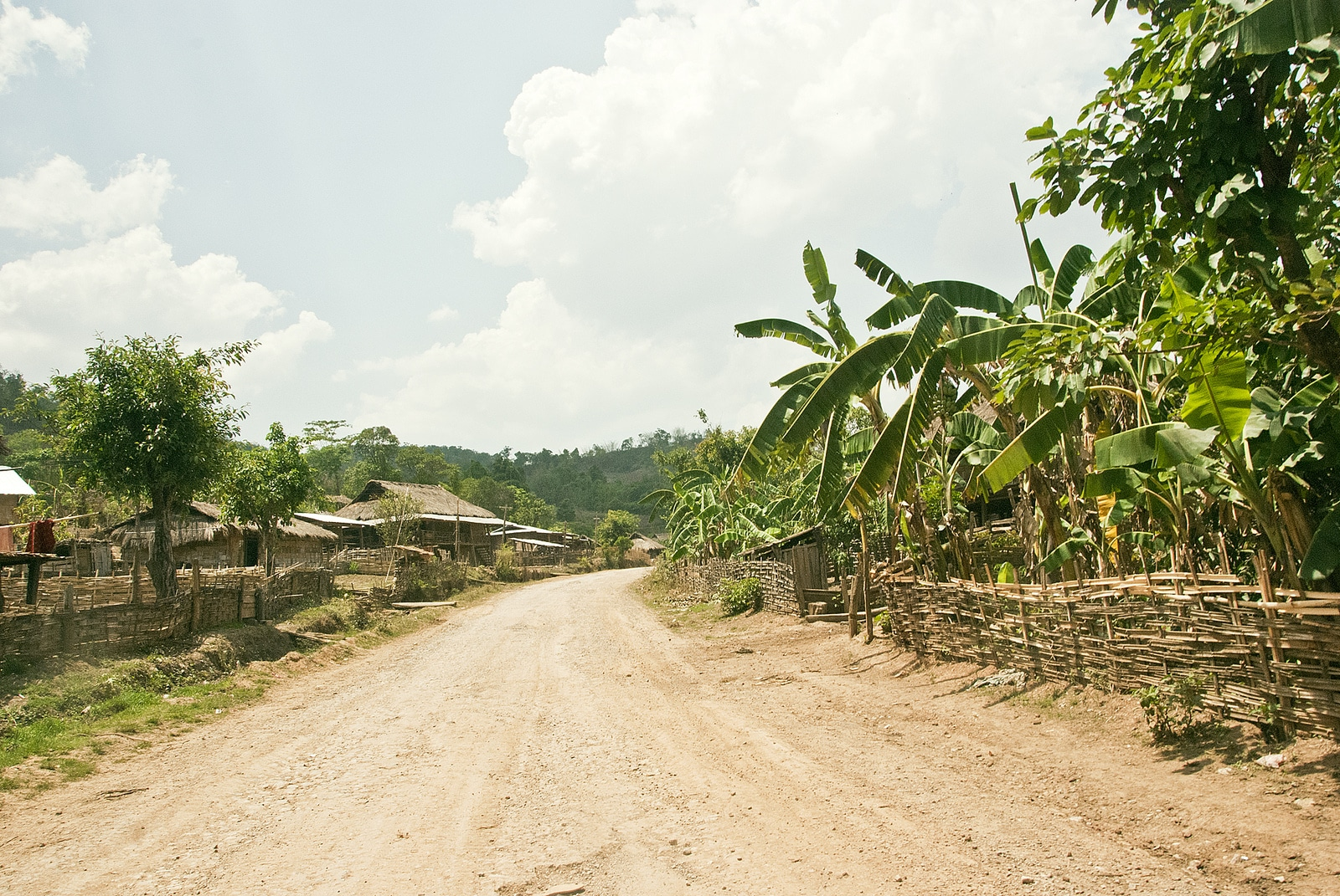 Dirt roads in Hsipaw, Myanmar - Lost With Purpose