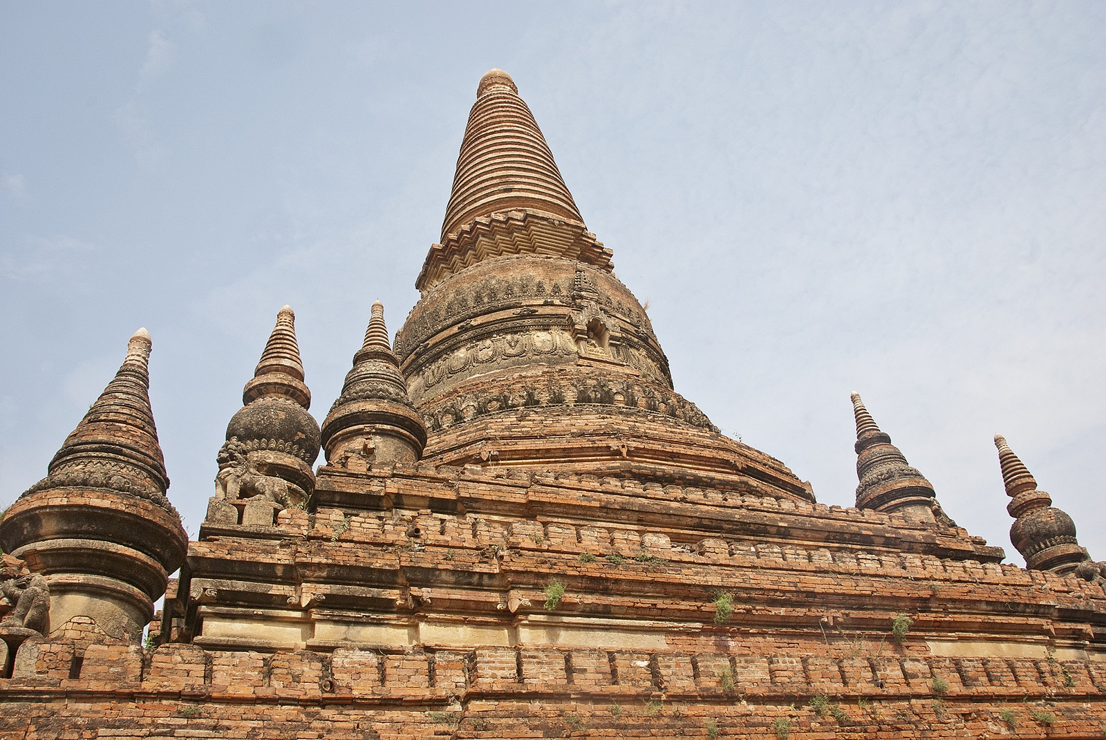 Temple in Bagan, Myanmar - Lost With Purpose