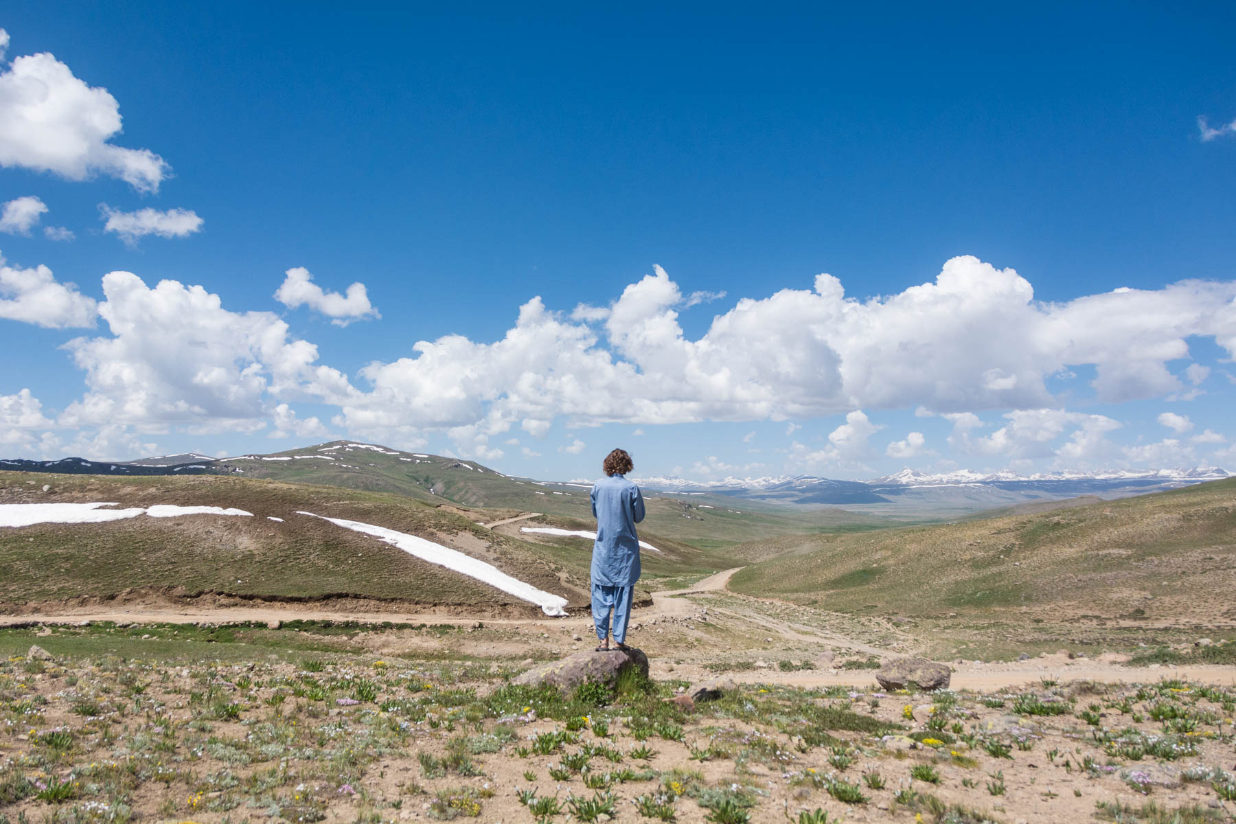 Where do I need security in Pakistan? - No security with Sebastiaan in Deosai Plains - Lost With Purpose
