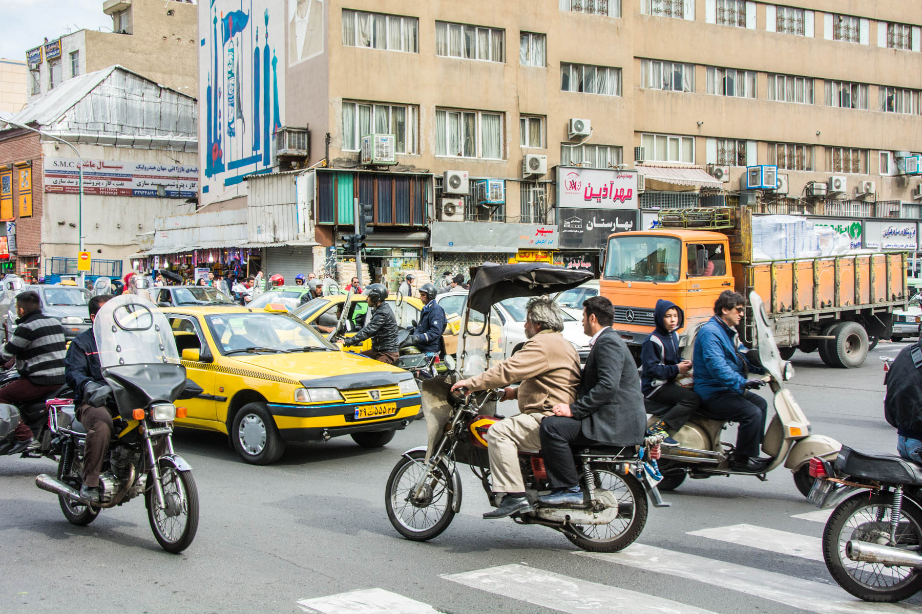 Two week Iran travel itinerary - Traffic on the streets of Tehran - Lost With Purpose