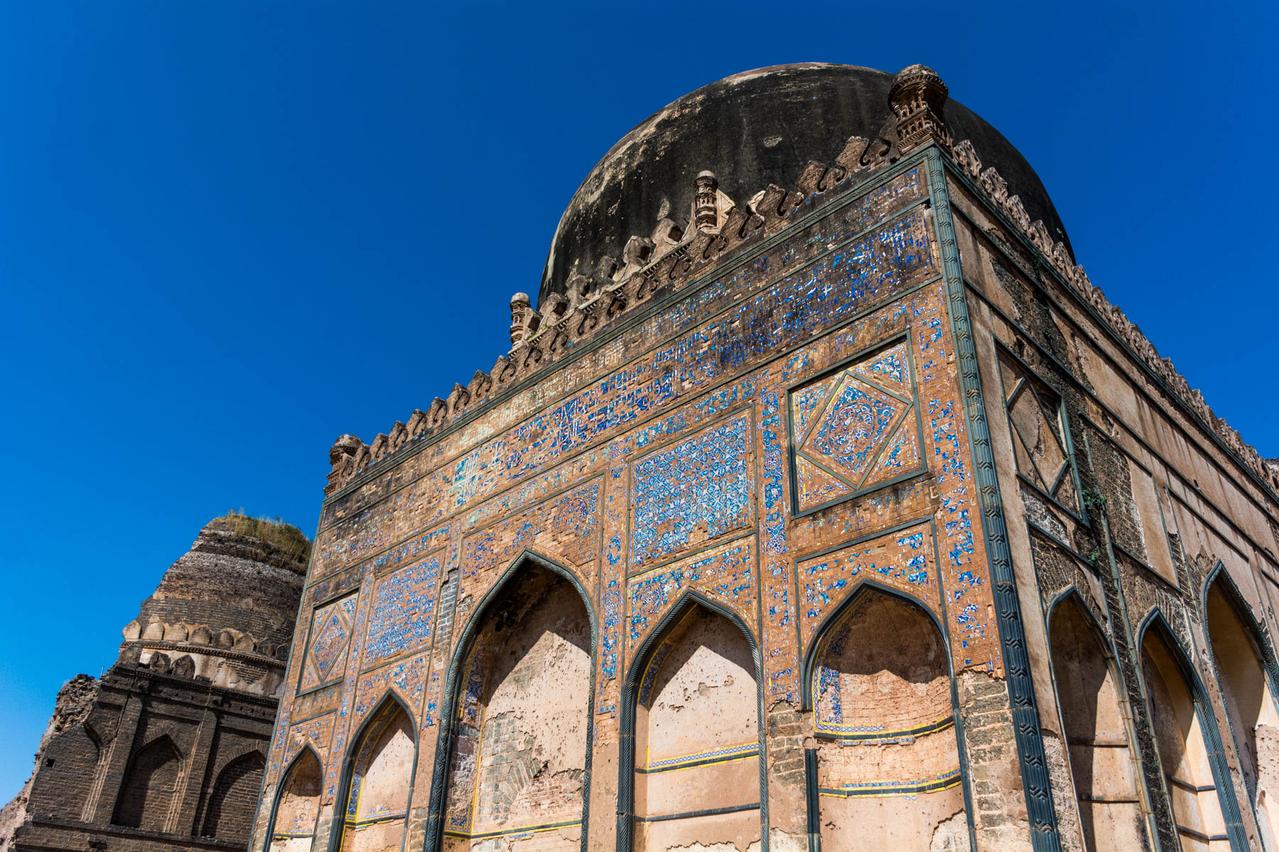 Off the beaten track places to visit in Karnataka, India - Bahamani tombs in Bidar, India - Lost With Purpose