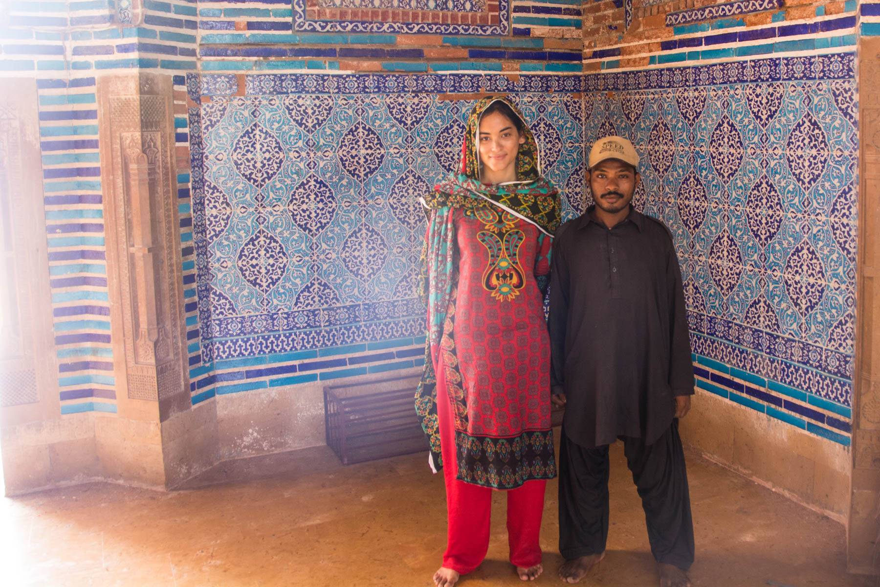 Soloe female traveler and a creepy man in Thatta, Pakistan