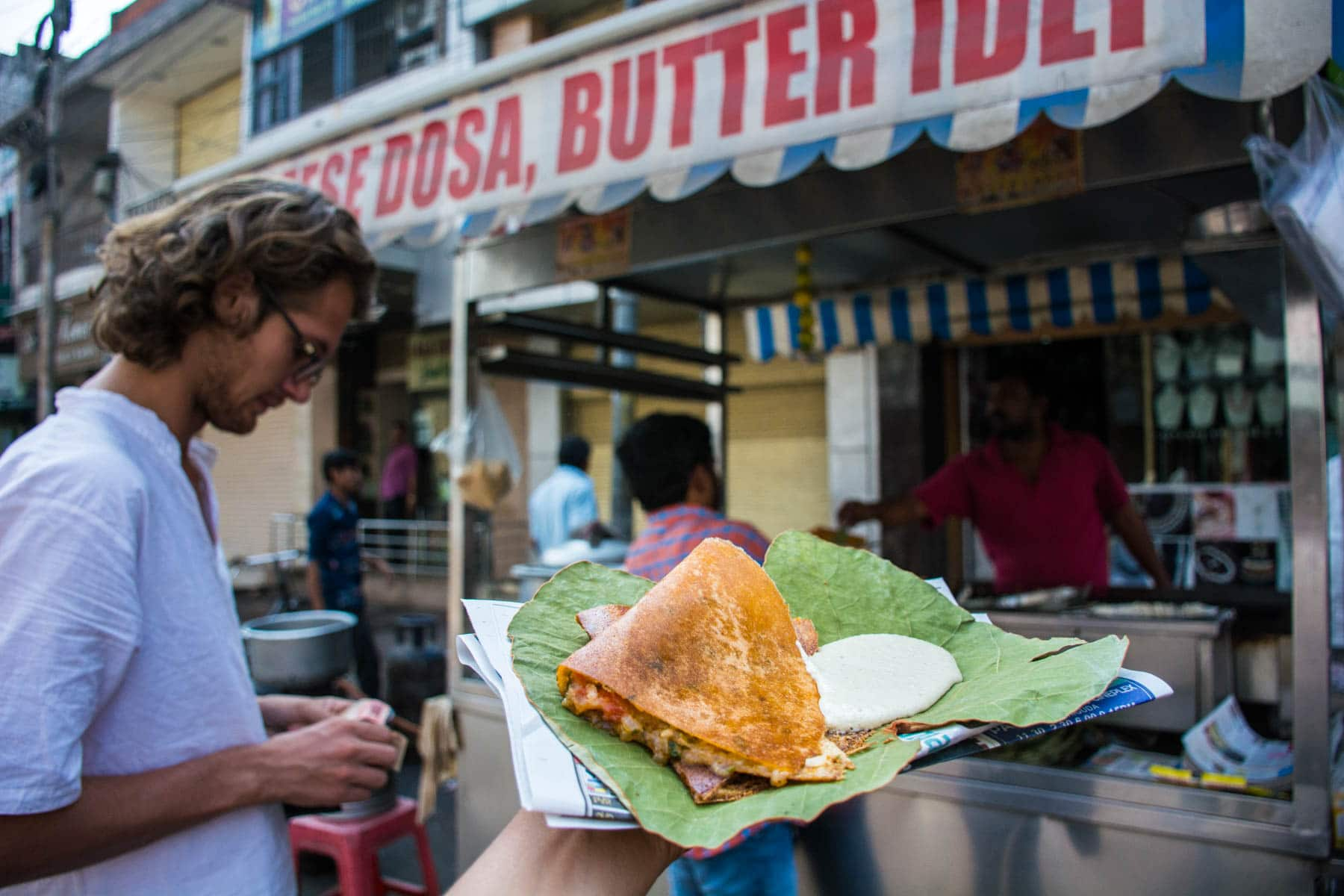 Where and what to eat in Hyderabad's Old City - A fresh dosa at Rav Bandi - Lost With Purpose