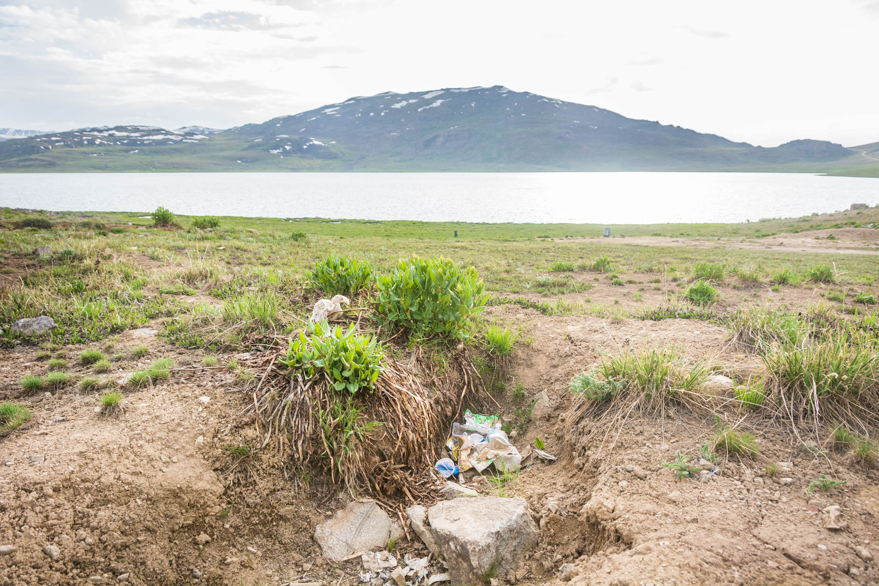 Why dual pricing is unfair - Trash in Deosai National Park, Pakistan - Lost With Purpose
