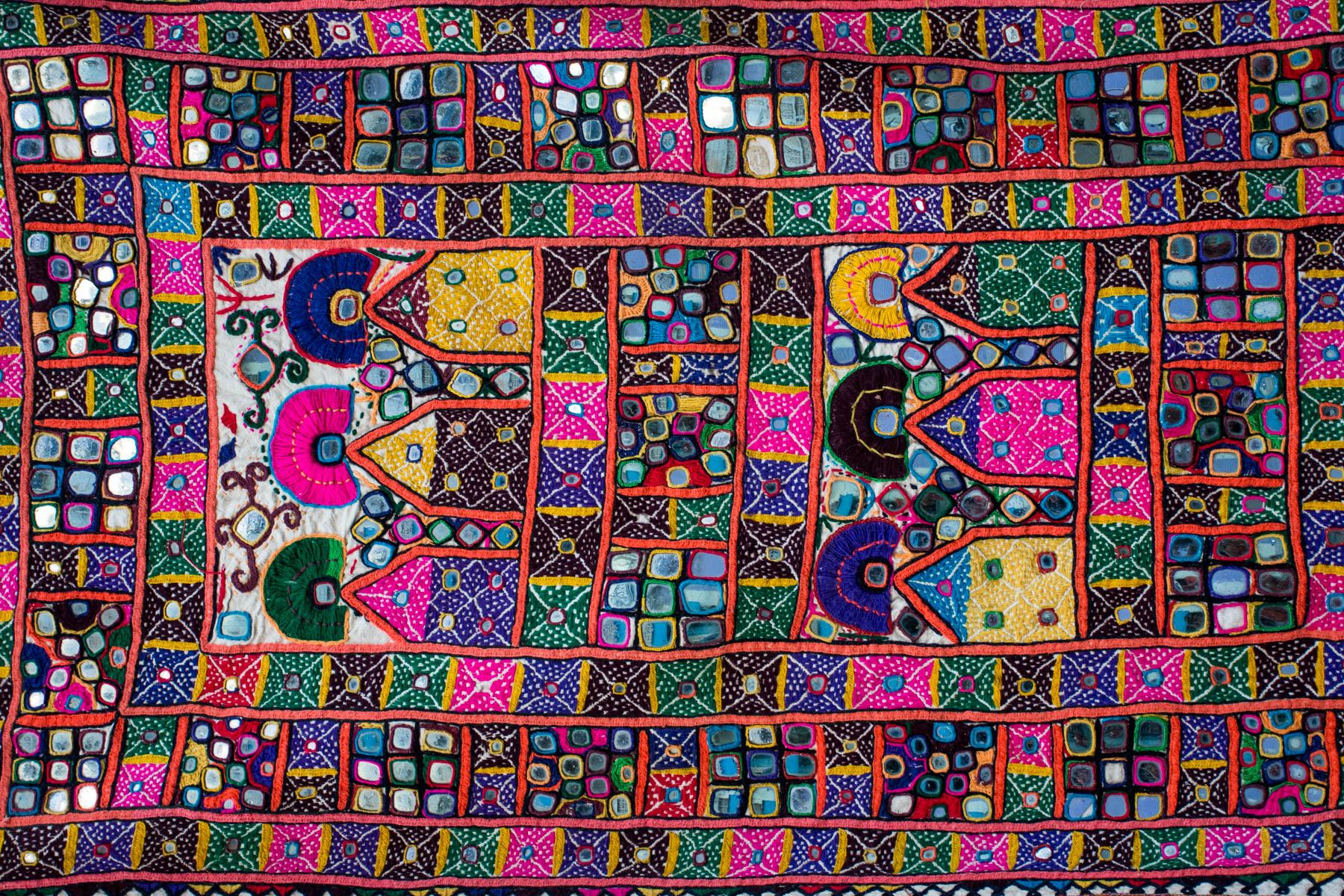 Textiles and crafts of Kutch... and how they can fund your trip to India! - Lost With Purpose