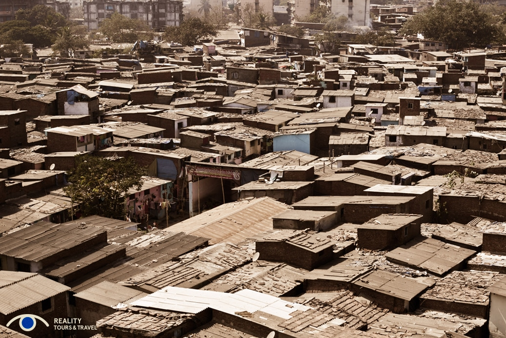 Is it weird to go on a slum tour in Mumbai, India? - Dharavi from above - Image by Reality Tours