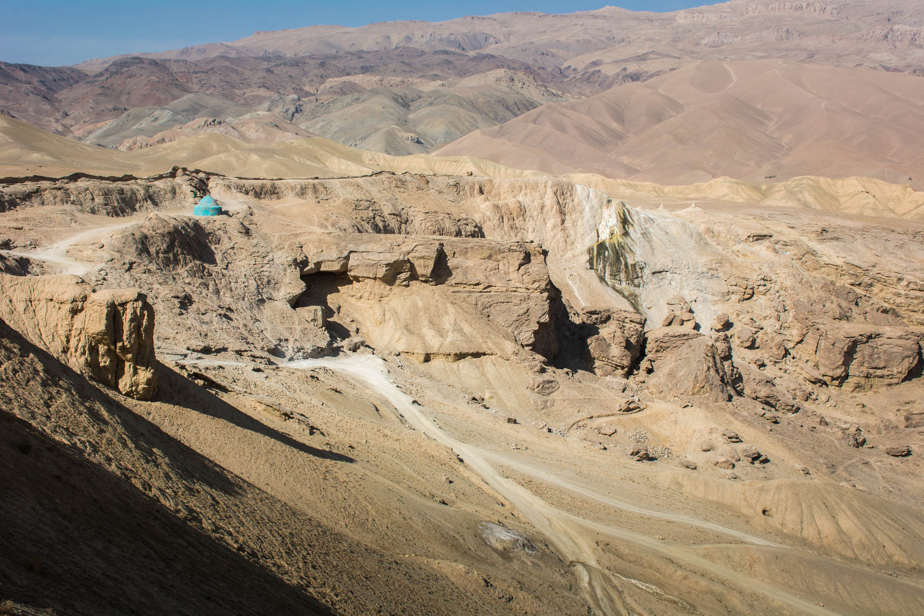 How much did one year of travel in Asia cost? - Dragon Valley near Bamiyan, Afghanistan - Lost With Purpose