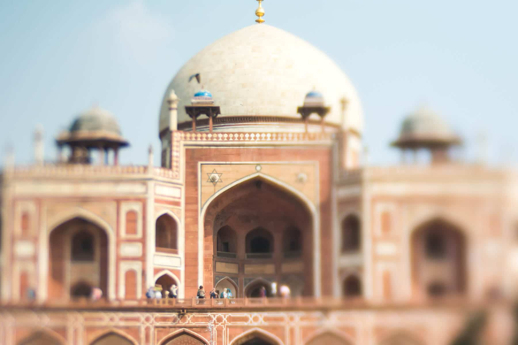 Lensbaby Edge 50 Optic review - Humayun's tomb in New Delhi, India shot with a Lensbaby - Lost With Purpose