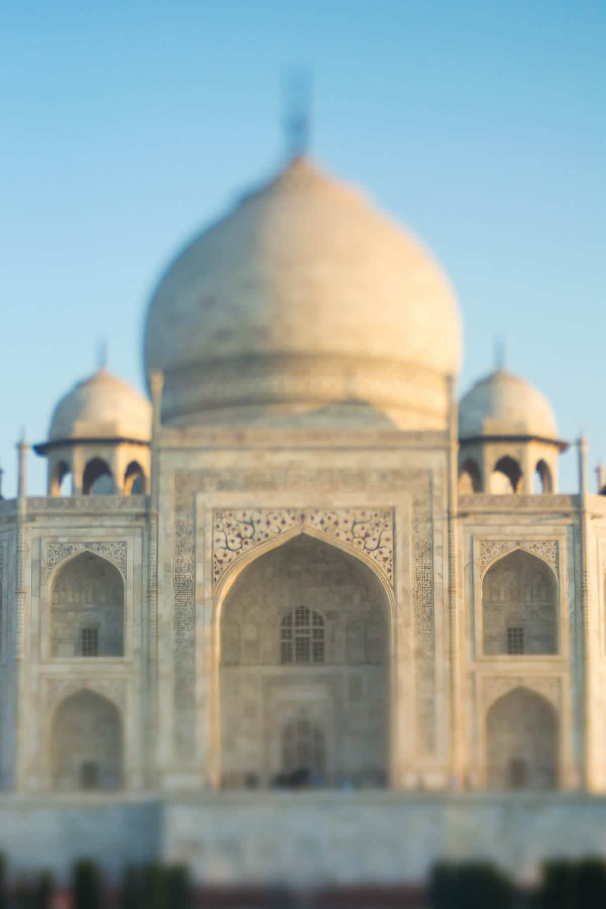 Lensbaby Edge 50 Optic review - Taj Mahal front via the Lensbaby Edge 50 Optic in Agra, India - Lost With Purpose