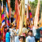 Lensbaby Edge 50 Optic review - A colorful parade in Jaipur, India through the Lensbaby Edge 50 - Lost With Purpose