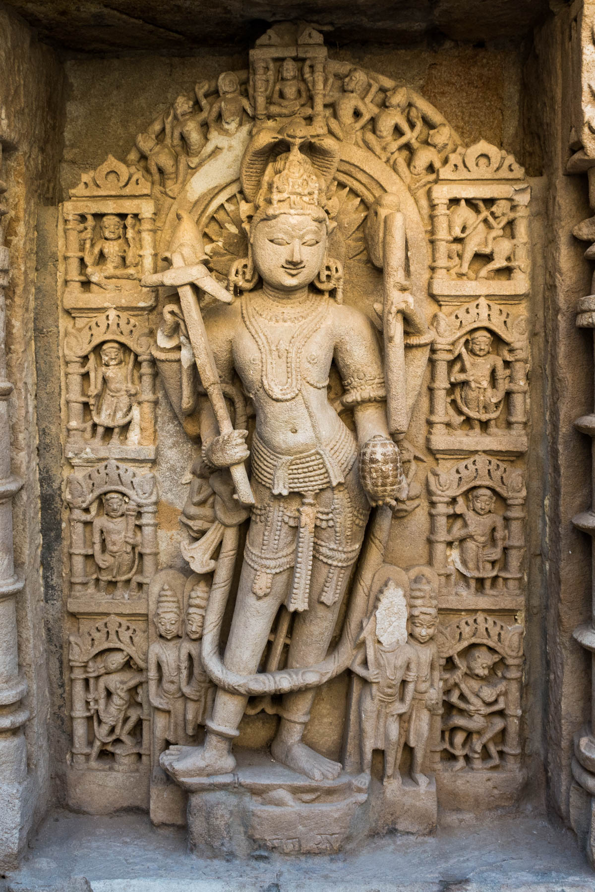 A history of Patan Patola - A statue of Lord Vishnu in Rani Ki Vav stepwell in Patan, Gujarat, India - Lost With Purpose