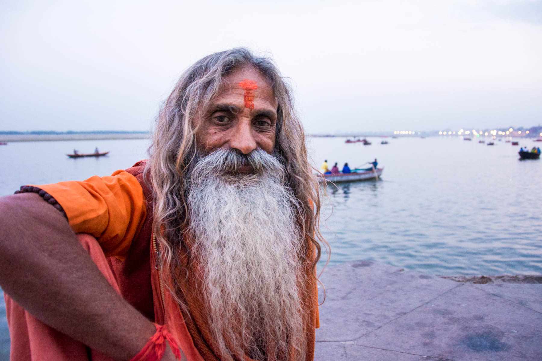What is baksheesh? - A friendly sadhu in Varanasi, India - Lost With Purpose