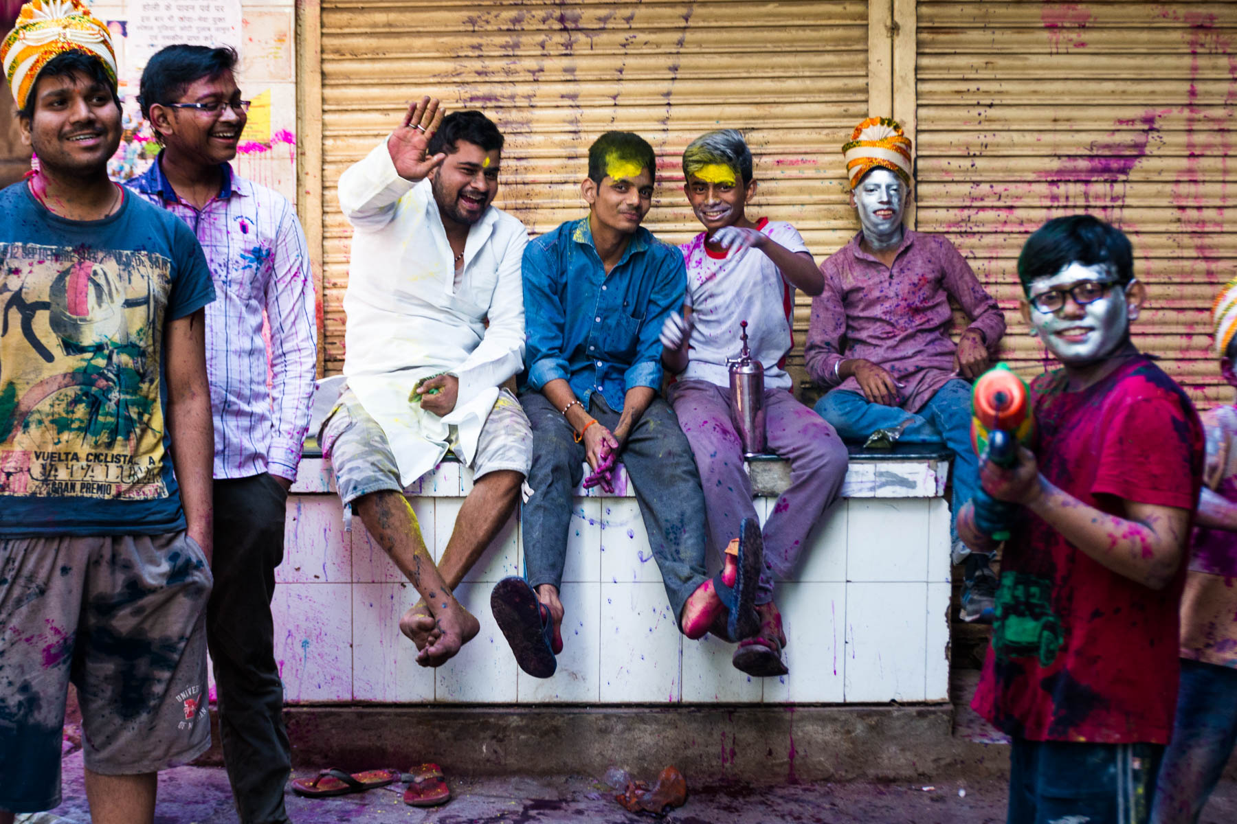 Celebrating Holi as a Woman in Varanasi - Friendly men on the streets during Holi - Lost With Purpose