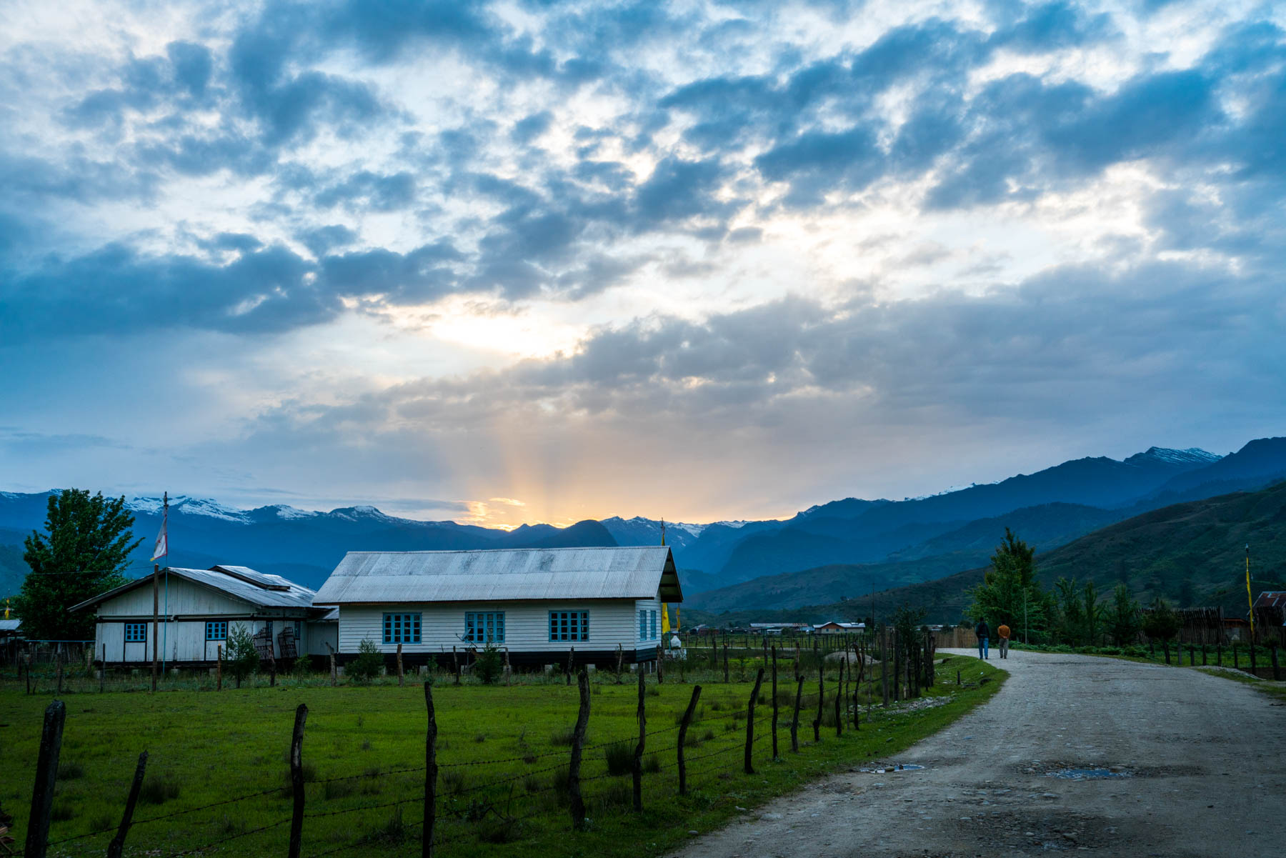 Backpacking in Arunachal Pradesh travel guide - Sunset in Mechuka - Lost With Purpose