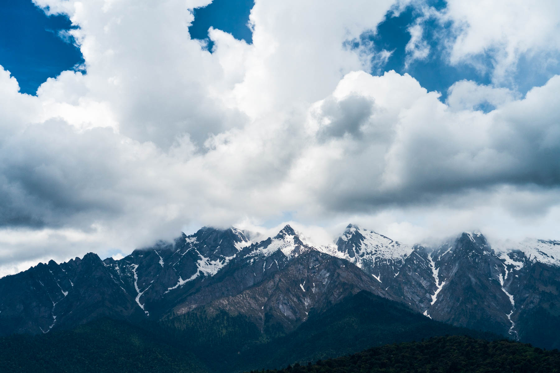Backpacking in Arunachal Pradesh, India - Mountains in Mechuka - Lost With Purpose
