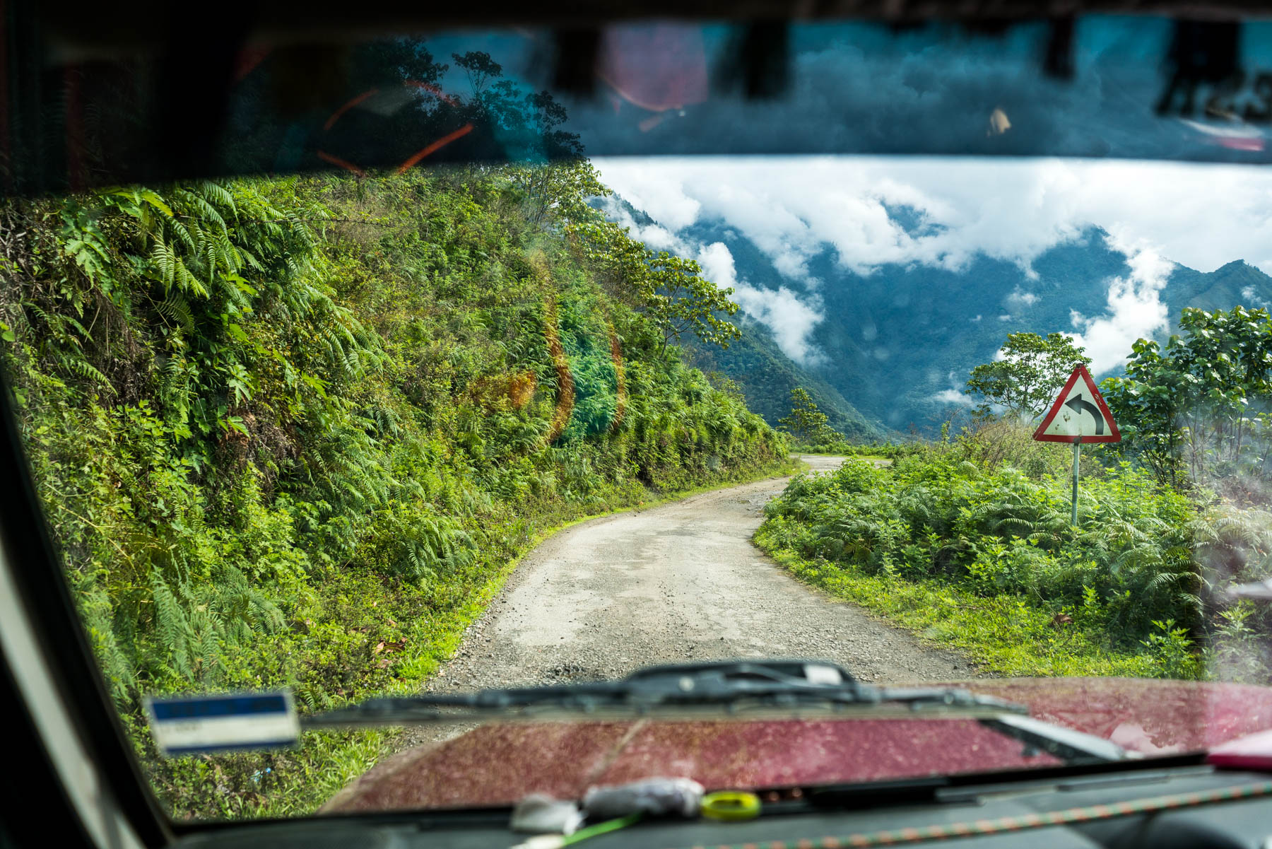 Travel guide to backpacking in Arunachal Pradesh - Sumo transportation on the way to Pasighat - Lost With Purpose