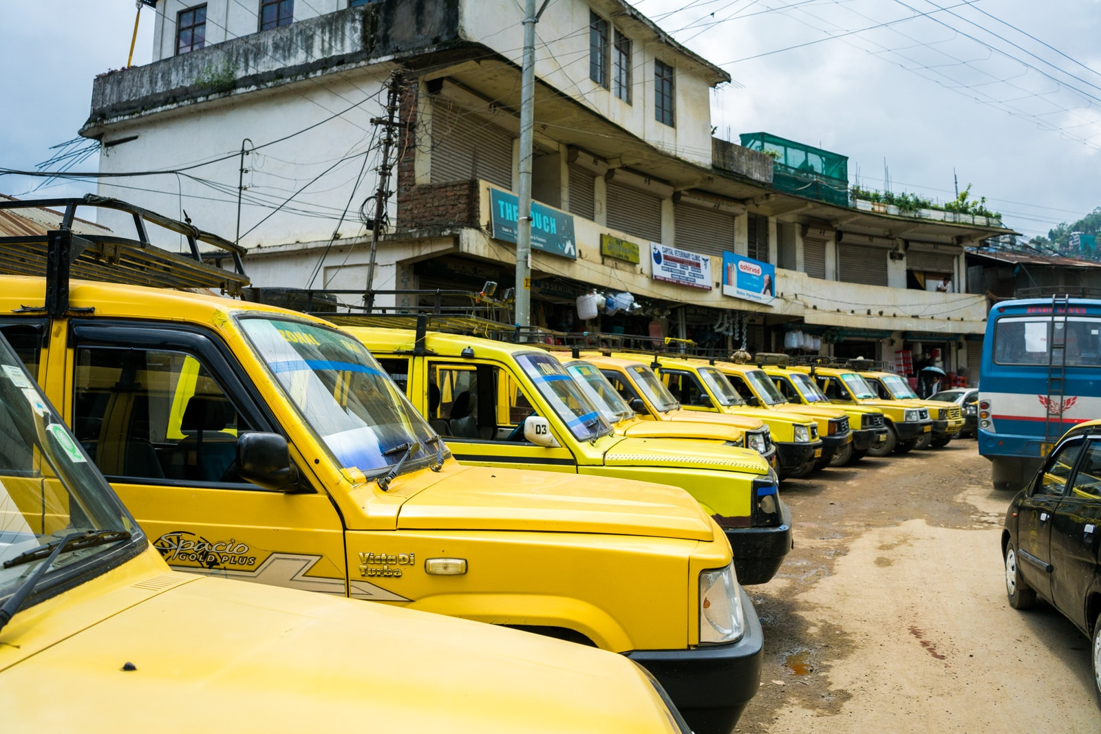 How to get to Dzukou Valley from Nagaland, India - Shared taxis to Viswema - Lost With Purpose
