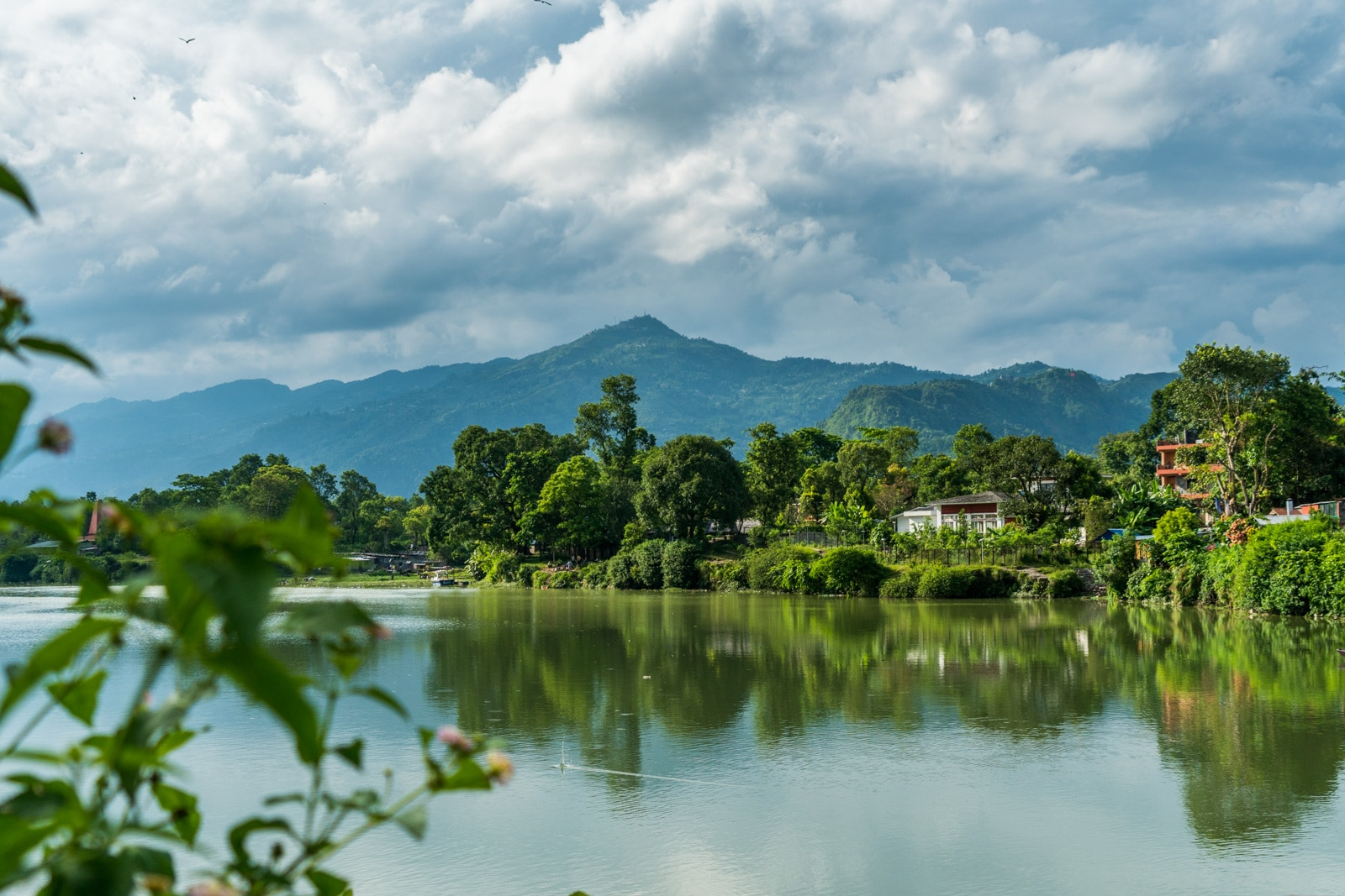 Travel in Nepal during monsoon - Clouds over Phewa Lake in Pokhara - Lost With Purpose