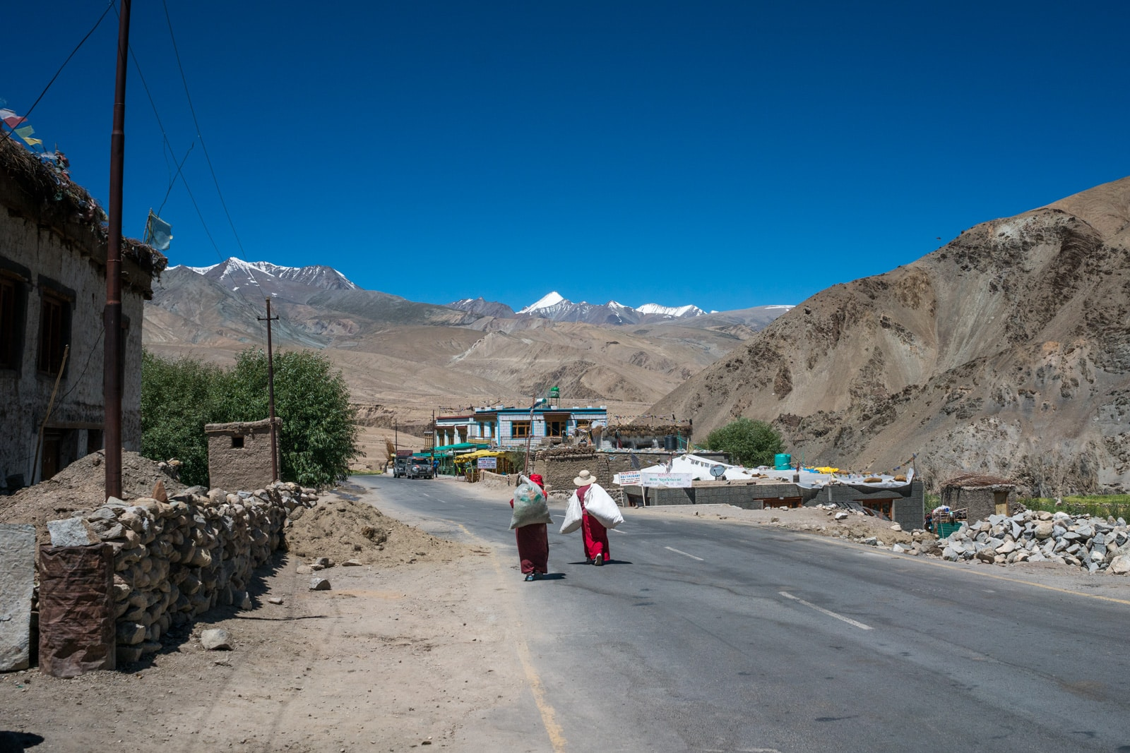 Hitchhiking the Leh - Manali highway - Small village along the highway - Lost With Purpose travel blog