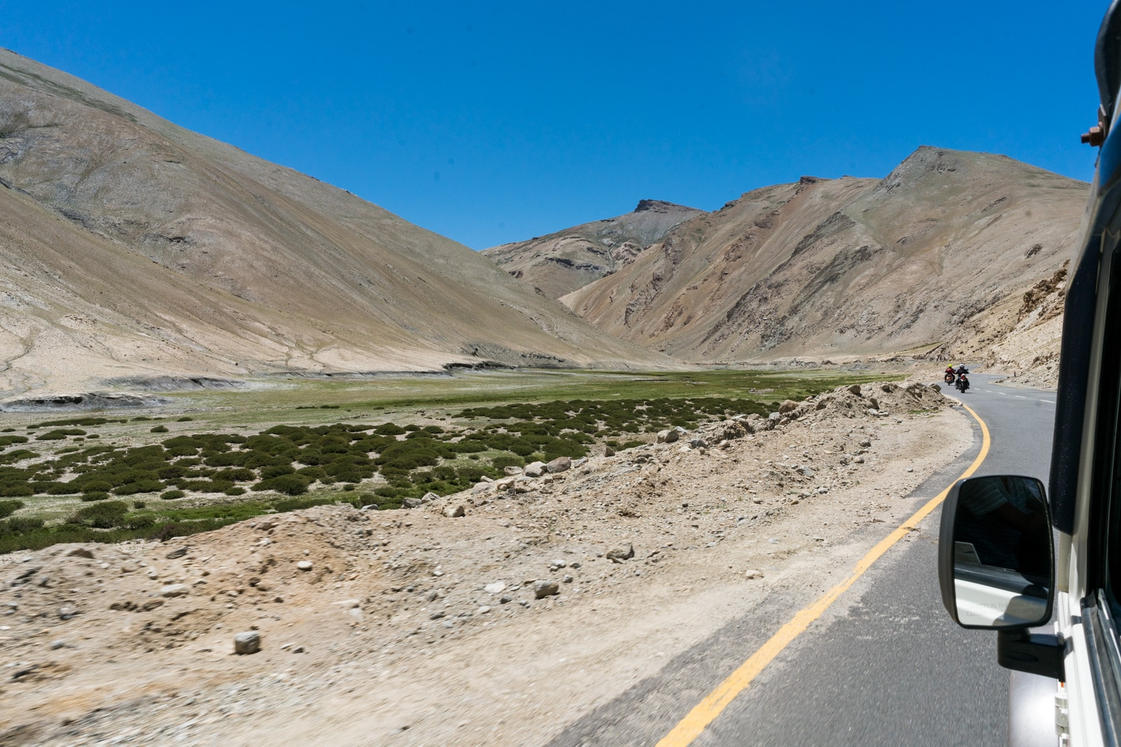 Hitchhiking the Leh - Manali highway - Lost With Purpose travel blog