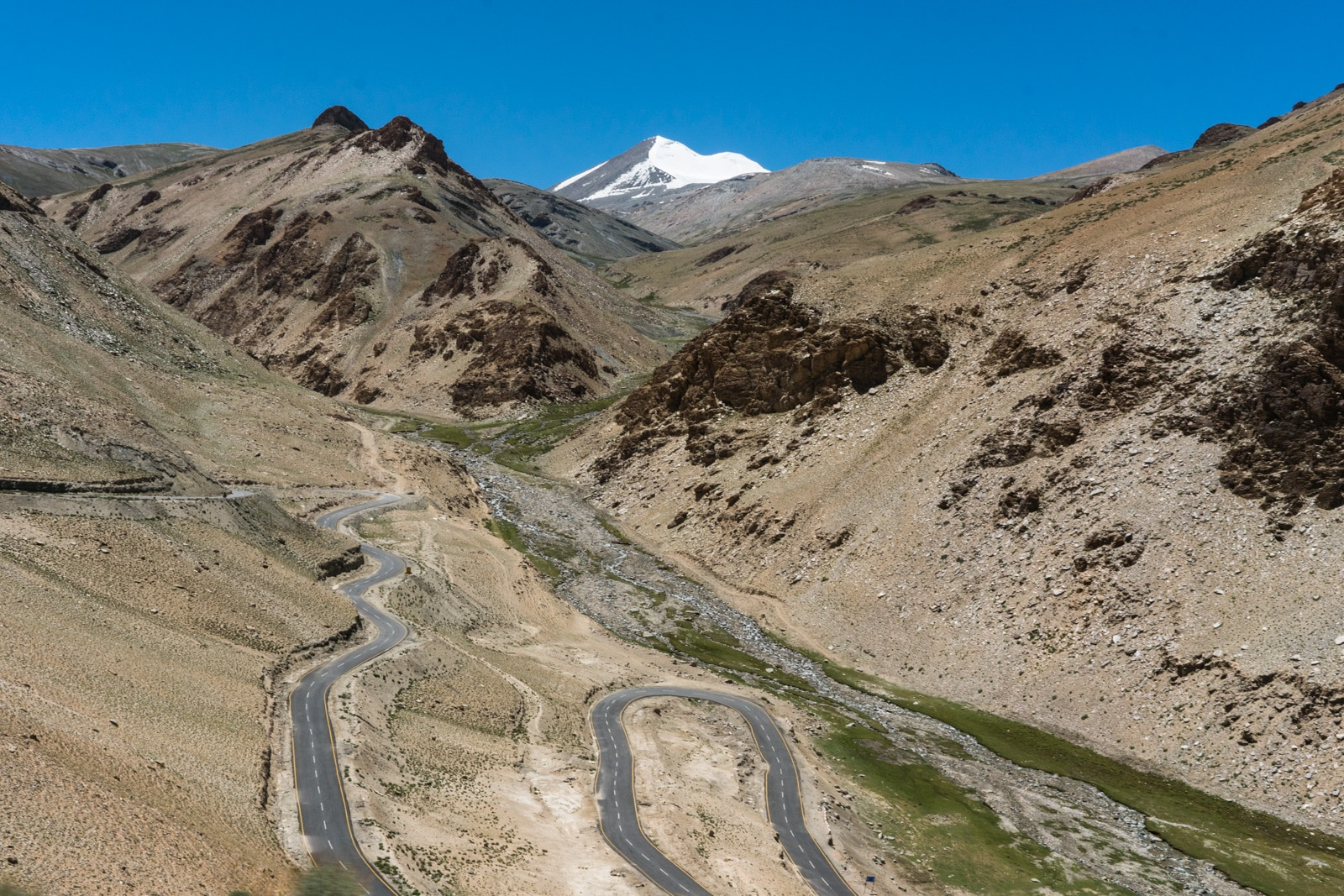 Hitchhiking the Leh - Manali highway - The winding road up to Taglang La Pass in Ladakh, India - Lost With Purpose travel blog