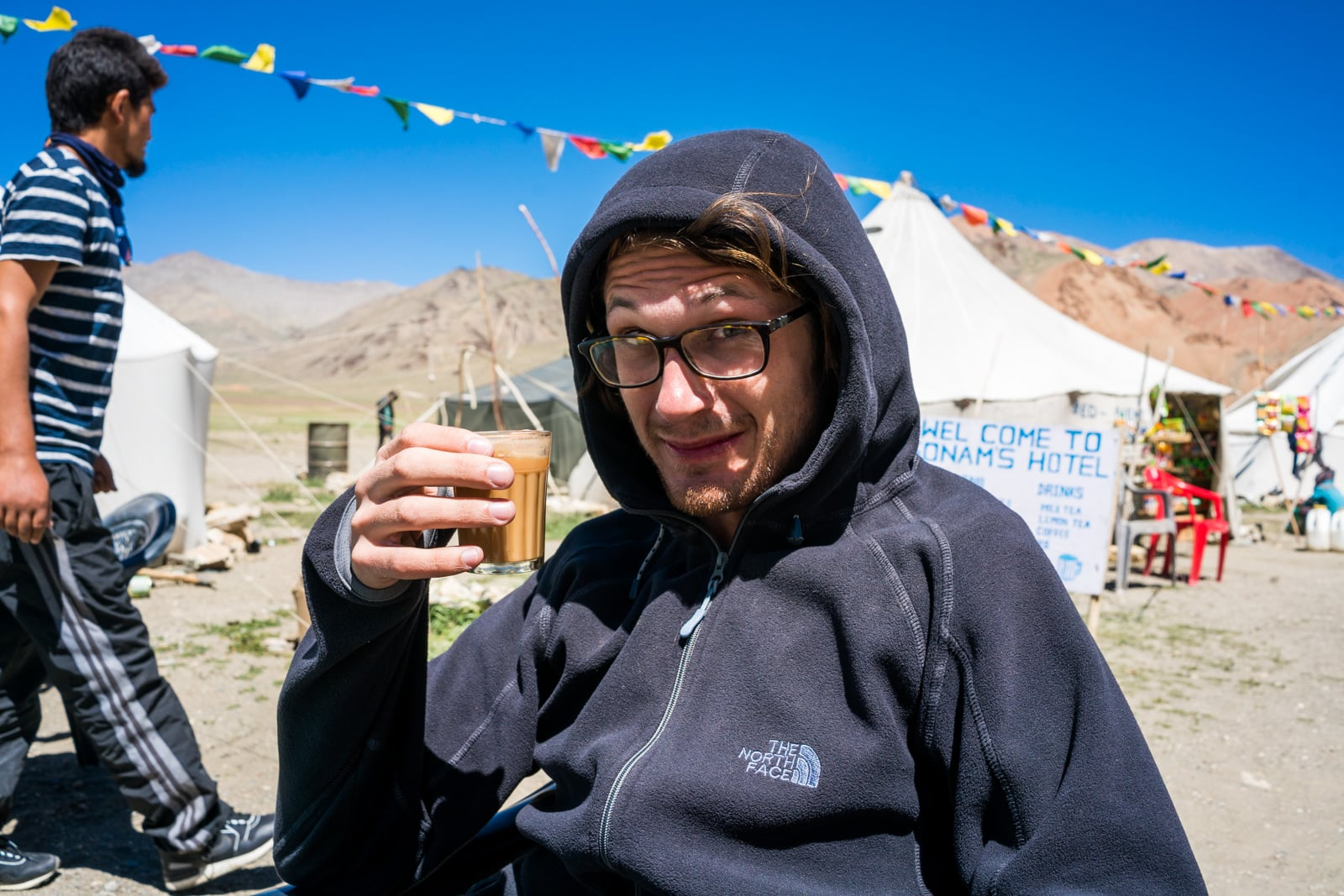 Hitchhiking the Leh - Manali highway in India - Sipping chai at a roadside tent camp - Lost With Purpose travel blog