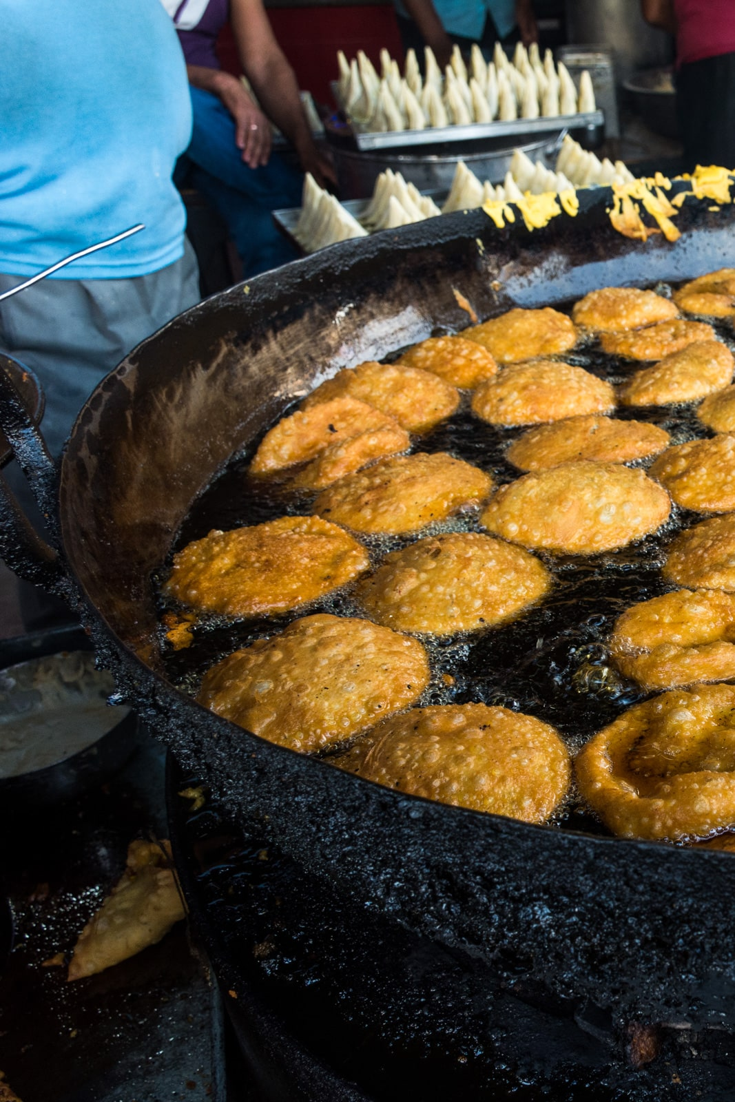 Why we fell in love with India - Fresh kachori deep frying in Jodhpur, Rajasthan state, India - Lost With Purpose travel blog