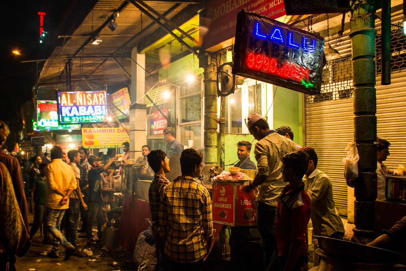 Why we fell in love with India - Street food at night in Old Delhi, India - Lost With Purpose travel blog