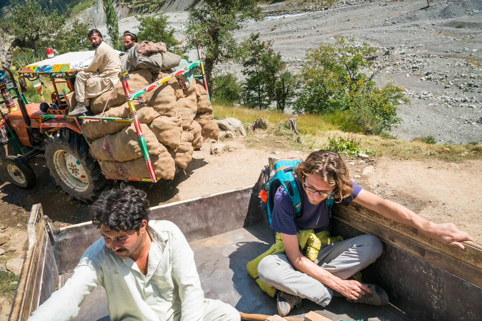 How to get to Utrar from Kalam, Swat, Pakistan - Hitchhiking in Utrar - Lost With Purpose travel blog