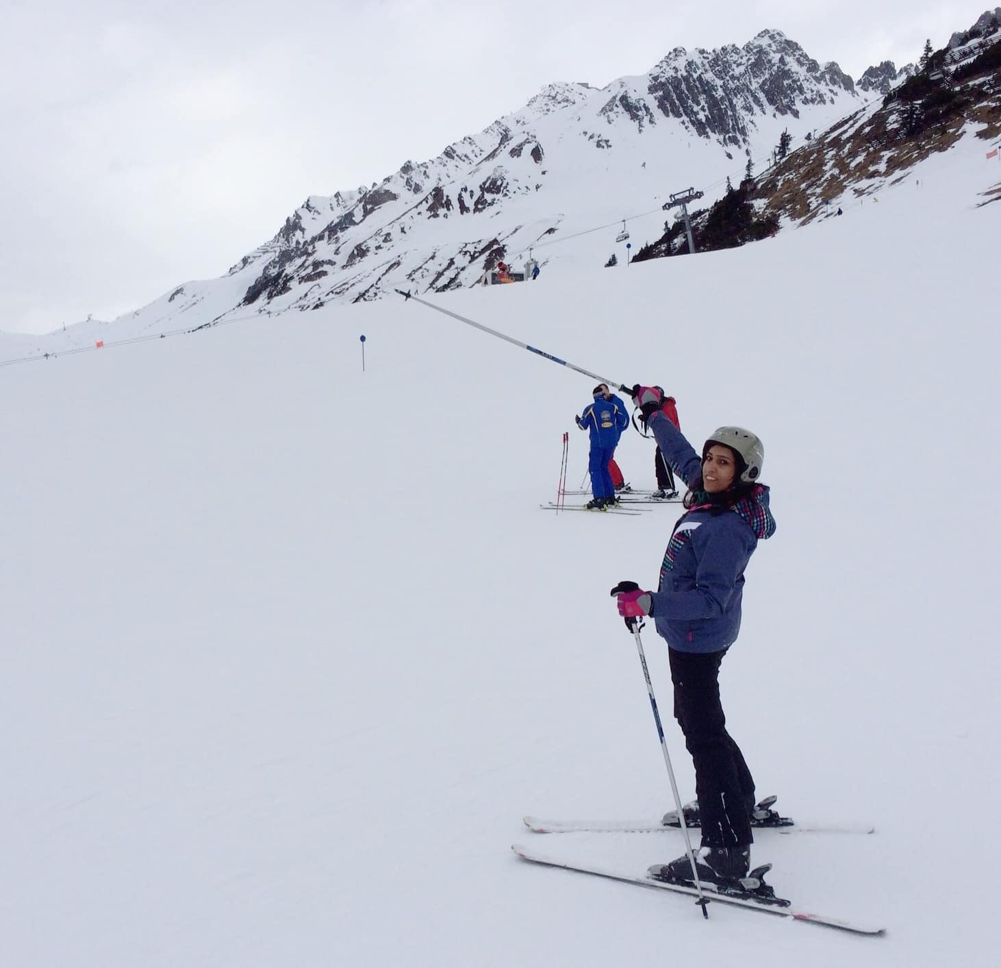 Interview with a female Pakistani travel blogger - Bee Travelista learning skiing in Austria - Lost With Purpose travel blog