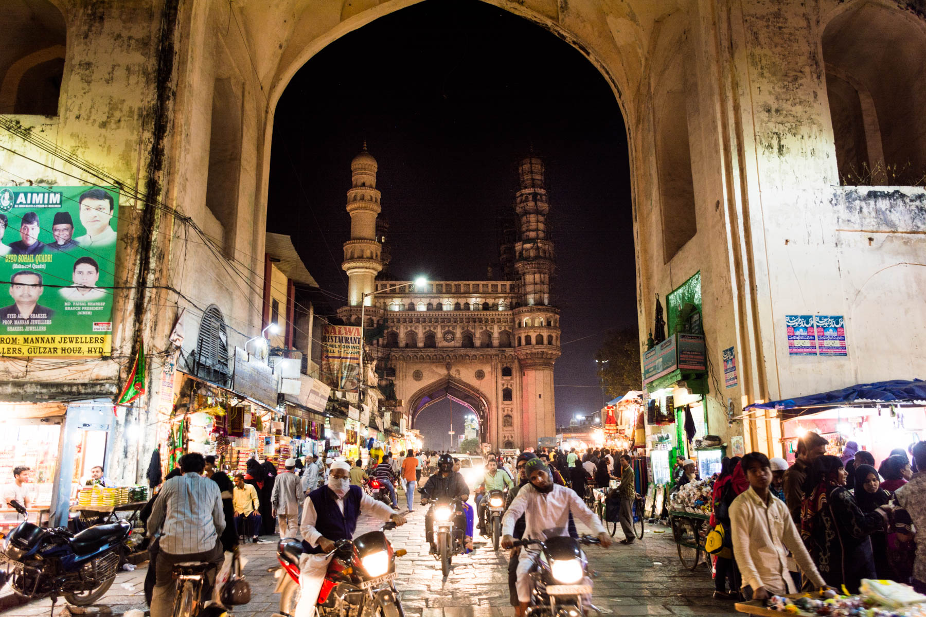 Best off the beaten track destinations in India - Char Minar during nightly traffic in the old city of Hyderabad - Lost With Purpose travel blog