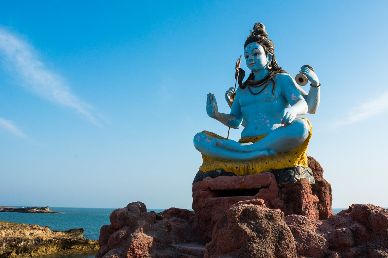 Guide to smoking weed in India - A Shiva statue in Diu, India - Lost With Purpose travel blog