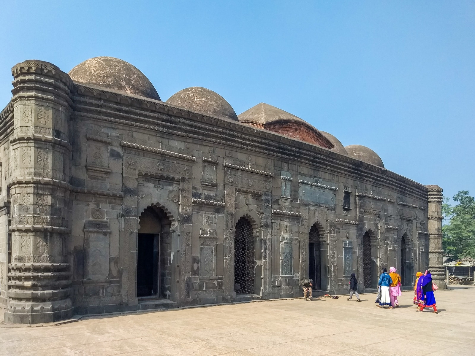 how to get from Rajshani to Sona Masjid - Mosque in Gaud, Bangladesh - Lost With Purpose travel blog