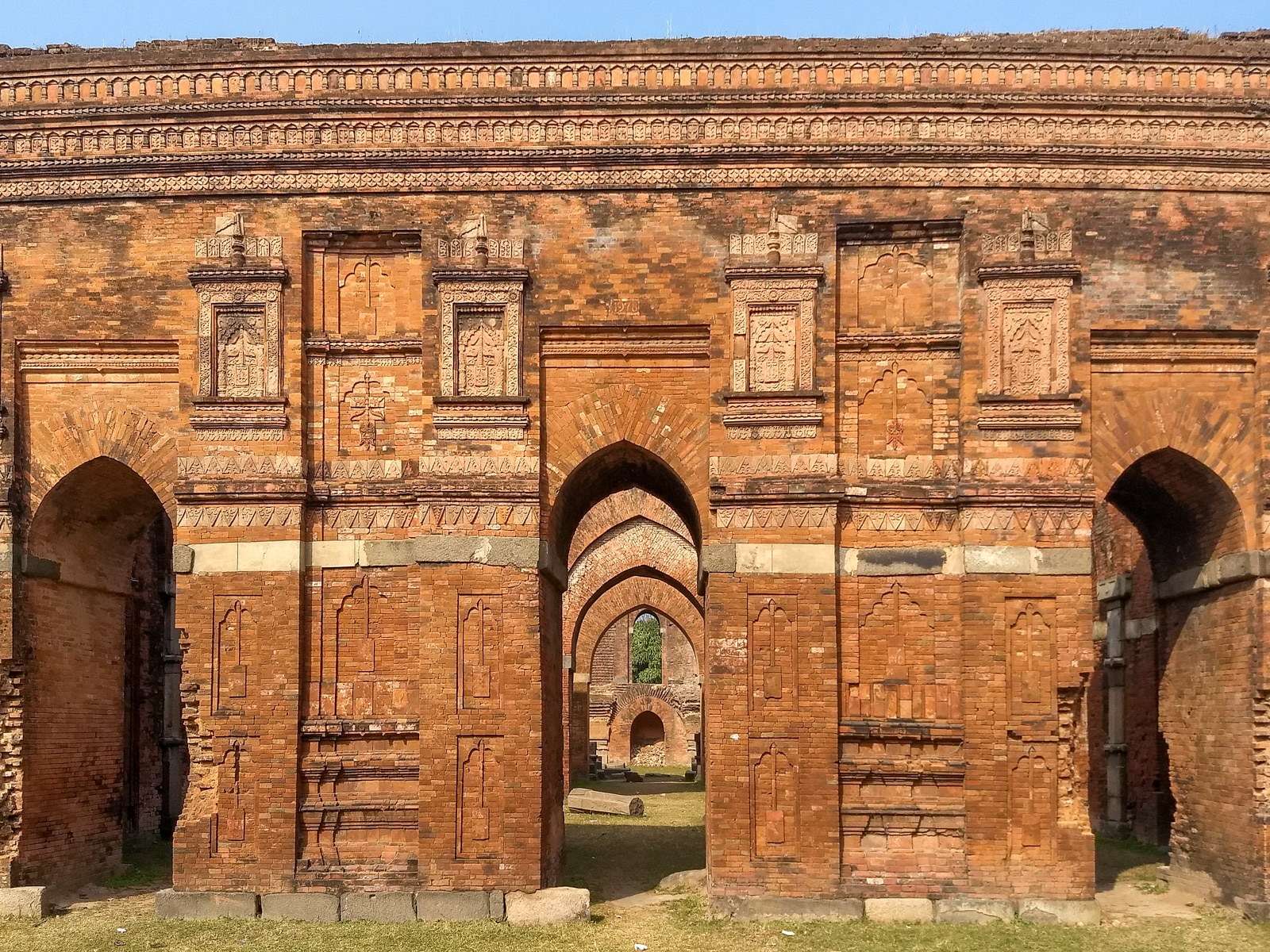 how to get from Rajshani to Sona Masjid in Bangladesh - Mosque arches - Lost With Purpose travel blog