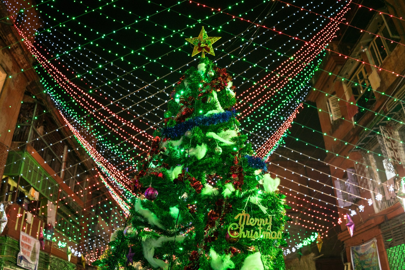 Celebrating Christmas in Kolkata, India - Christmas tree - Lost With Purpose travel blog