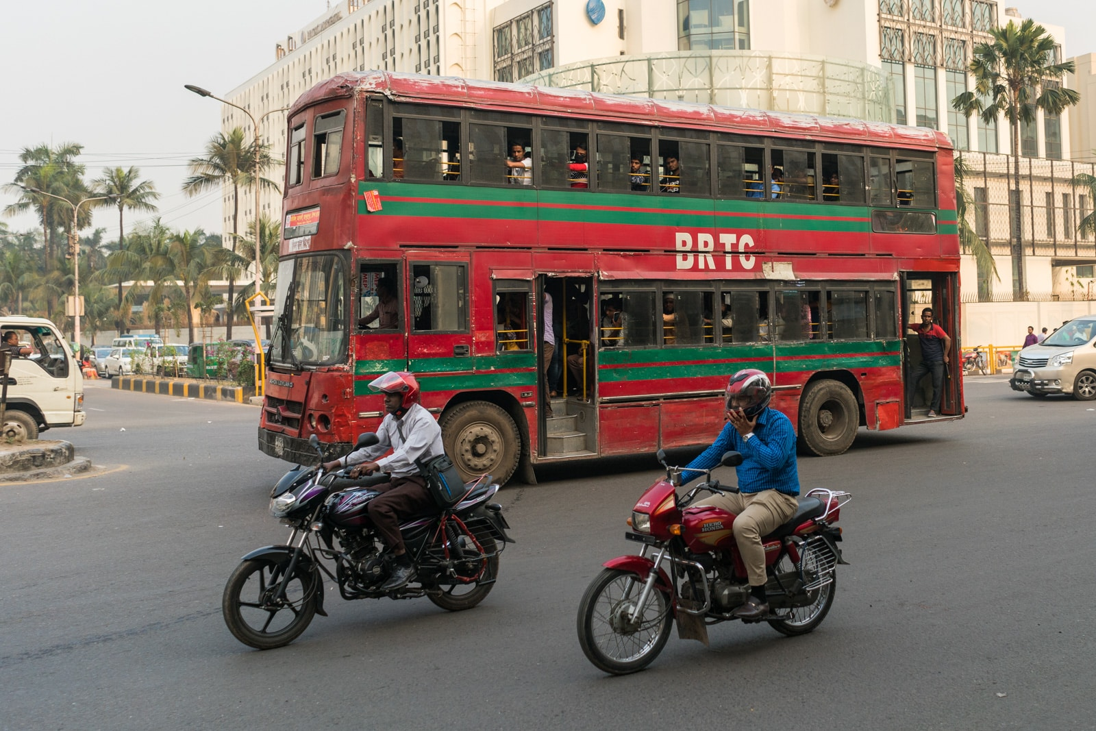 Backpacking in Bangladesh travel guide - Double decker bus in Dhaka - Lost With Purpose travel blog
