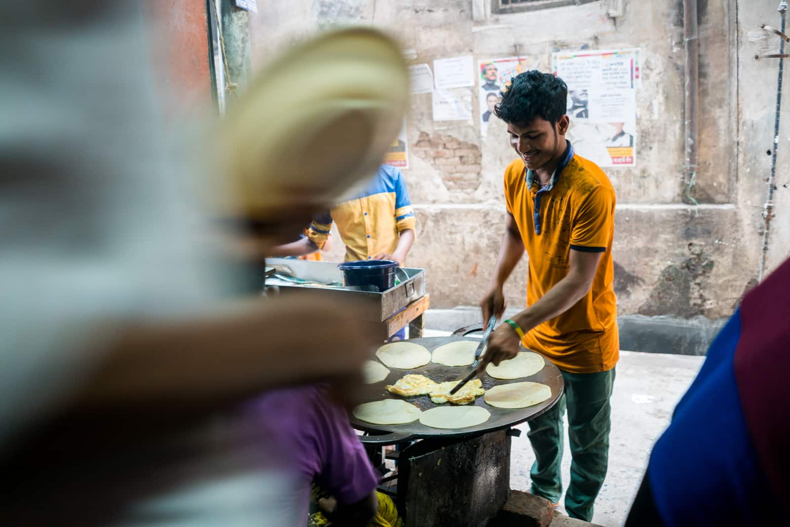 Travel guide to backpacking in Bangladesh - Cheap breakfast in Old Dhaka - Lost With Purpose travel blog