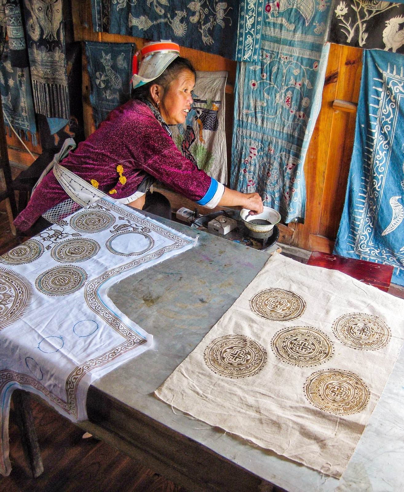 Exploring off the beaten track villages in Guizhou, China - Batik attempt in Matang