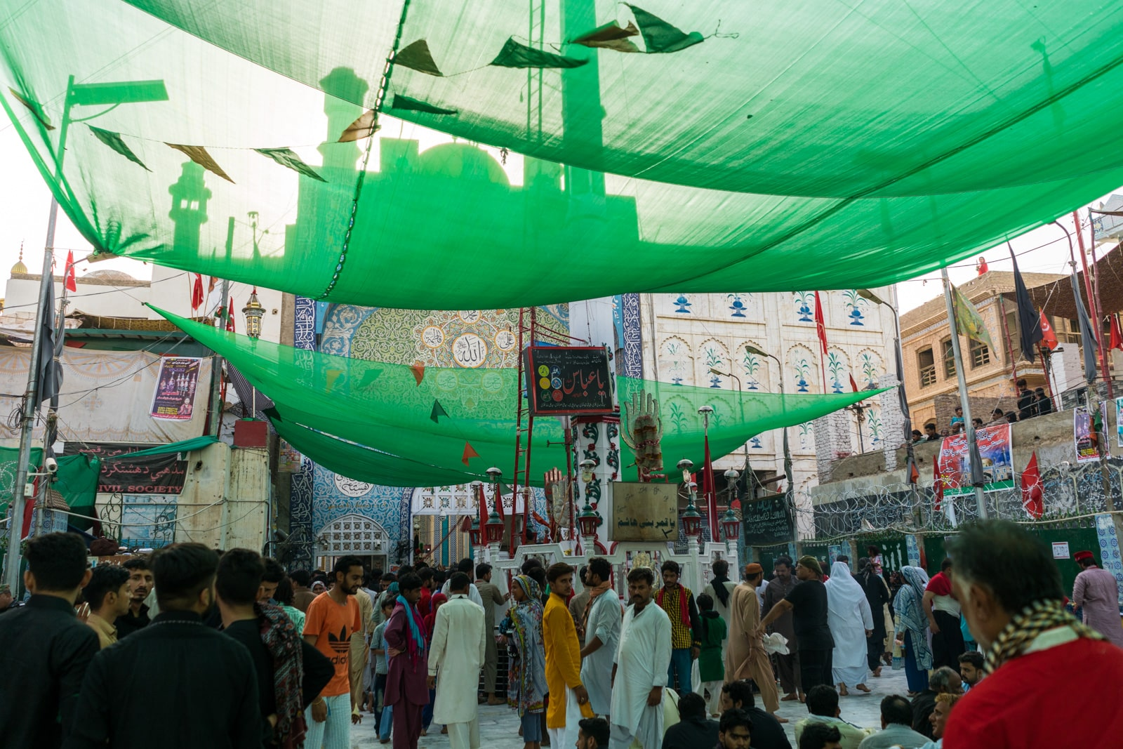 The Urs of Lal Shahbaz Qalandar in Sehwan, Pakistan - Crowd outside the shrine - Lost With Purpose travel blog