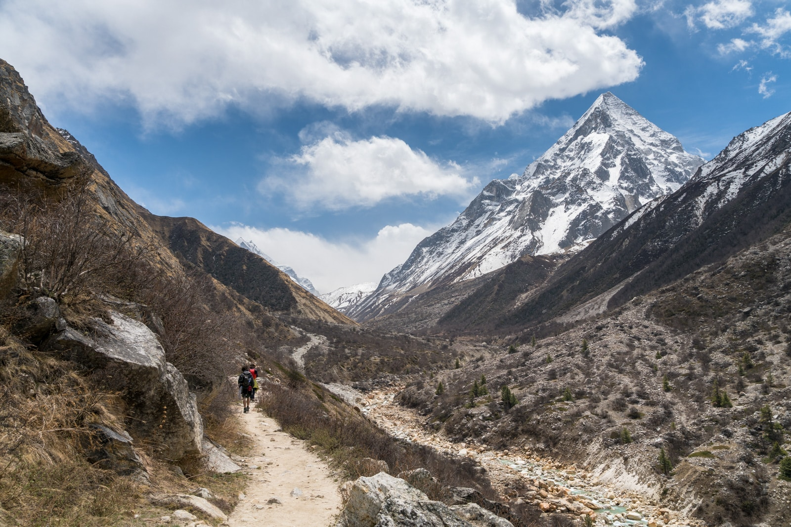 Guide to trekking to the start of the Ganges River in Uttarakhand, India - Trekking trail to Gomukh and Gangotri glacier - Lost With Purpose travel blog