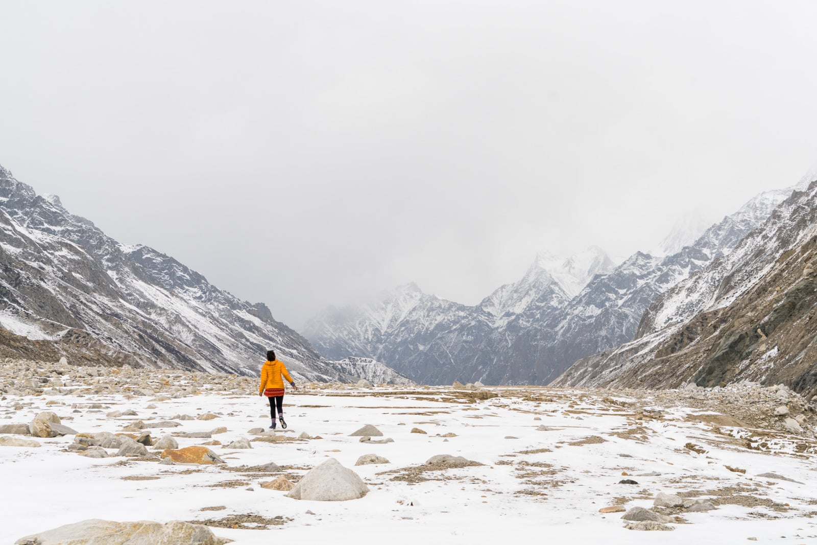 Guide to trekking to the start of the Ganges River in Uttarakhand, India - Flat boulder field near Gomukh - Lost With Purpose travel blog