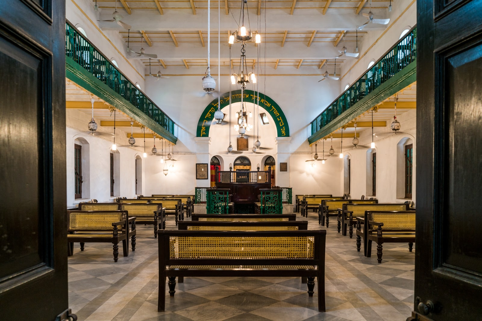 Reasons Kolkata is my favorite Indian megacity - Old Jewish Neveh Shalome synagogue in city center - Lost With Purpose travel blog