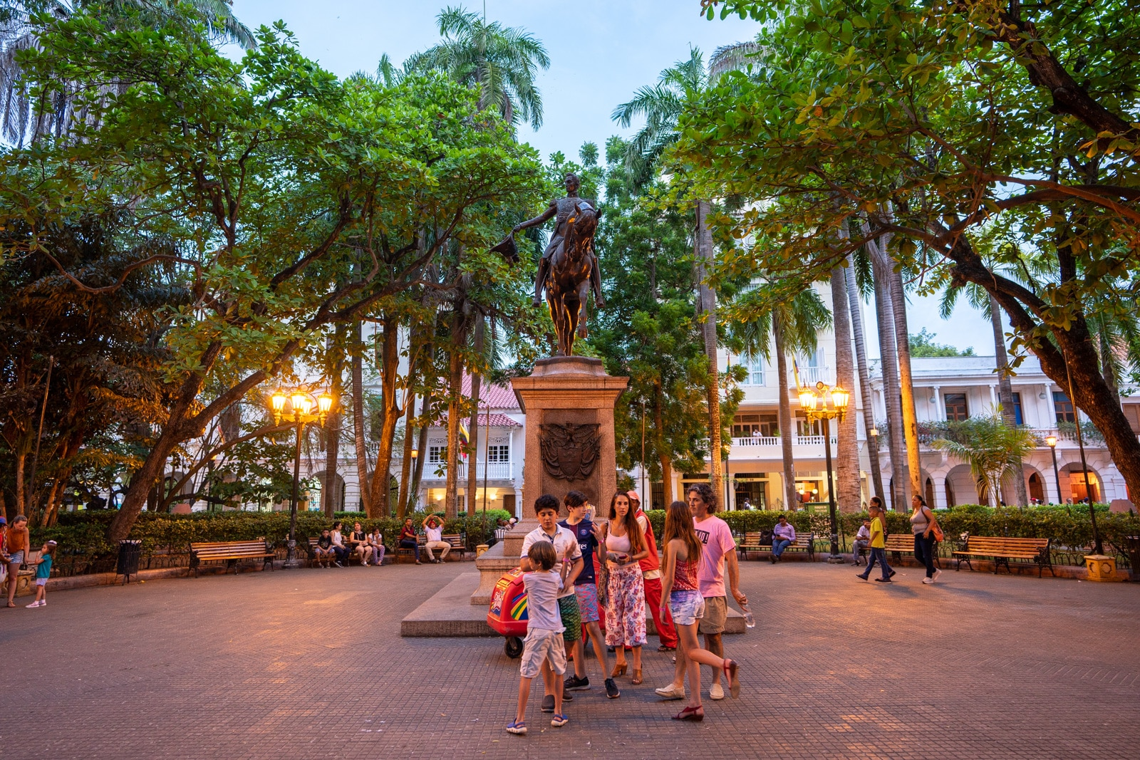 Reverse culture shock from long-term travel - A public square in the evening in Cartagena, Colombia - Lost With Purpose travel blog