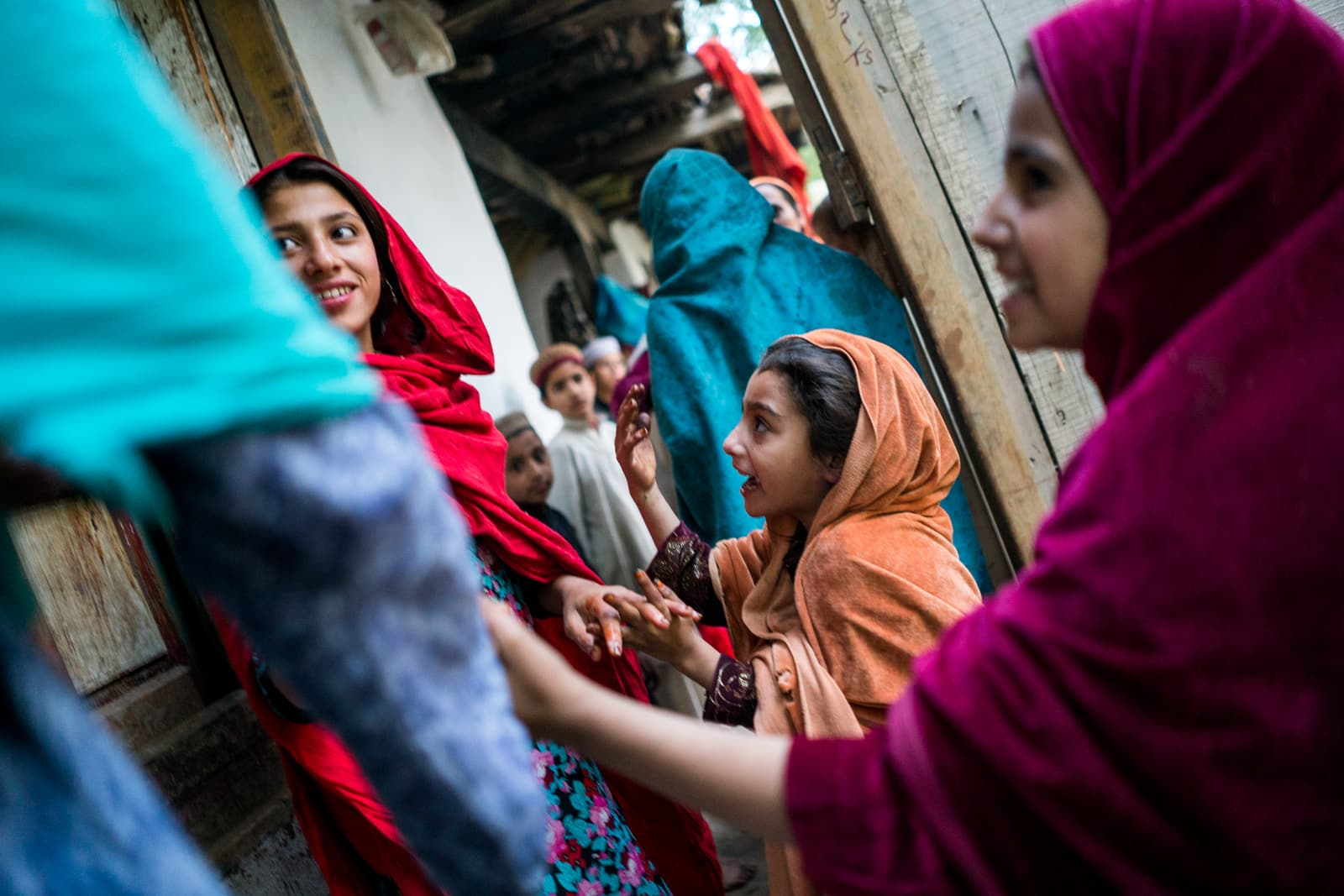 Reverse culture shock from long-term travel - Women and girls in Thall, Pakistan - Lost With Purpose travel blog