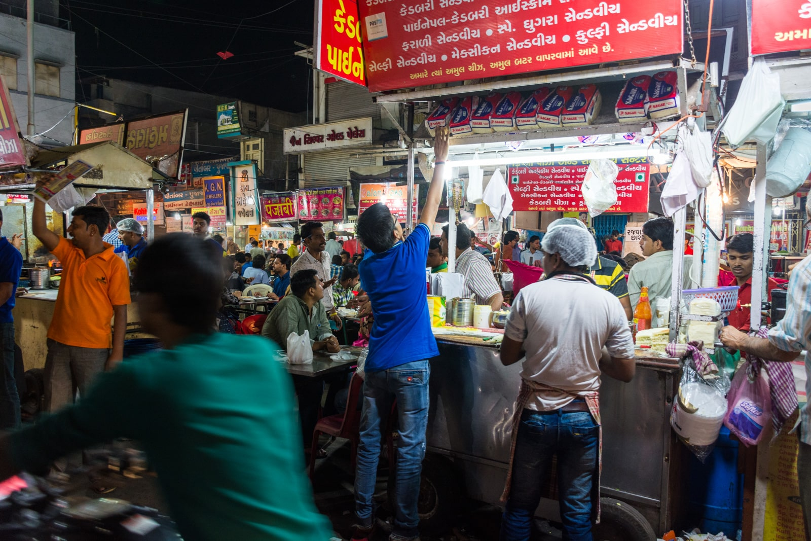 Night food market at Manek Chowk