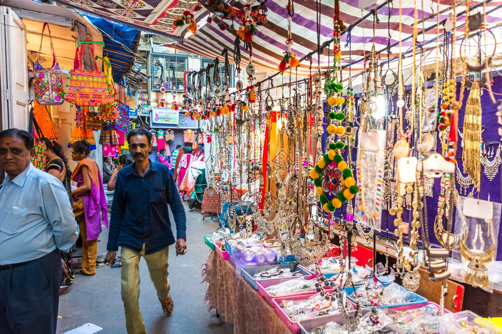 Weekend guide to Ahmedabad, Gujarat, India - Colorful jewelry on sale in a market - Lost With Purpose travel blog