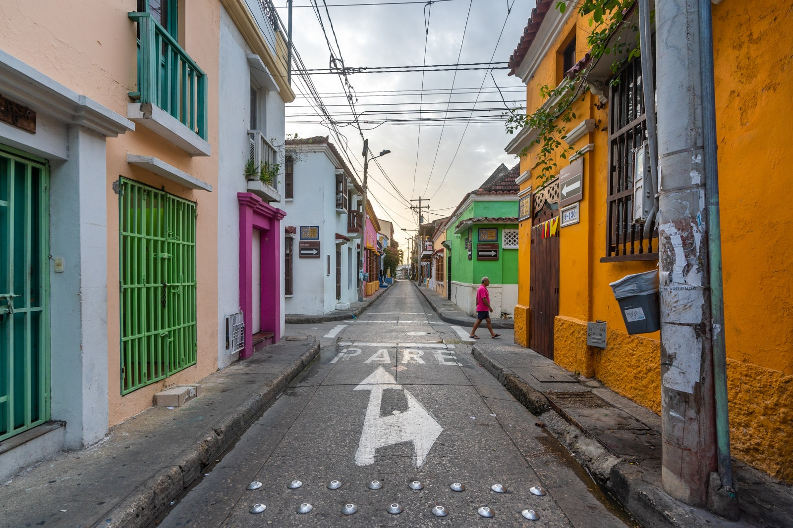 Cafes with wifi for digital nomads in Cartagena, Colombia - Colorful streets at sunrise - Lost With Purpose travel blog