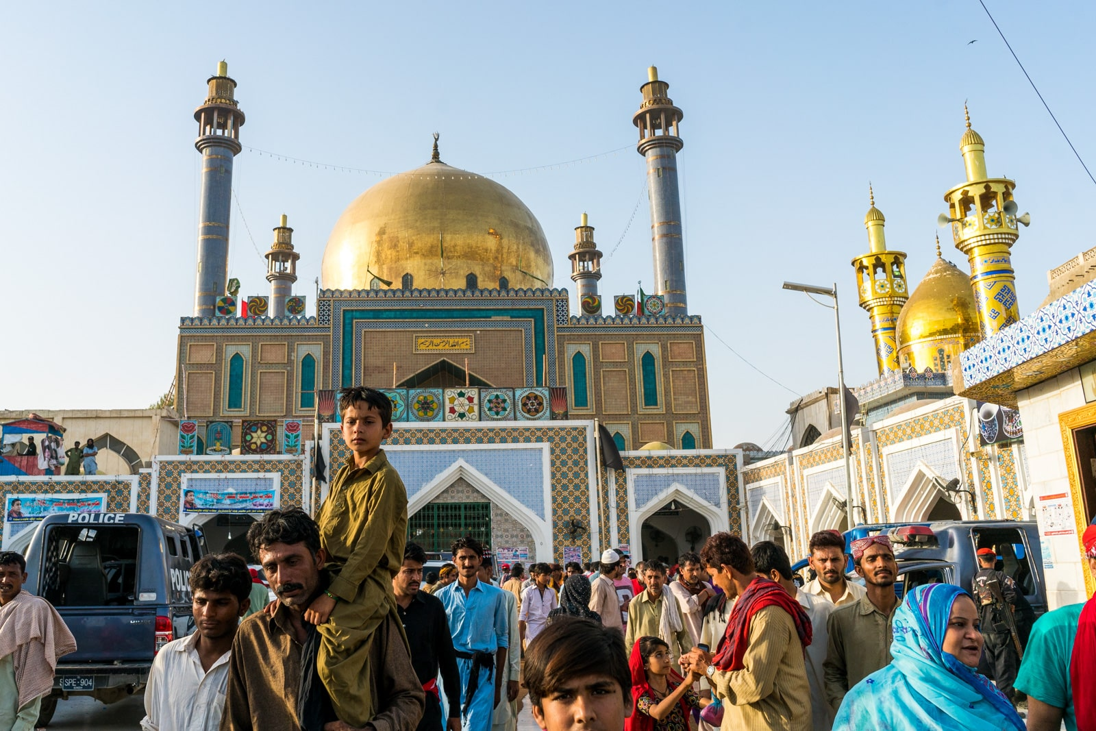 Sindh travel guide - Urs crowds at the shrine of Lal Shahbaz Qalandar in Sehwan Sharif, Pakistan - Lost With Purpose travel blog