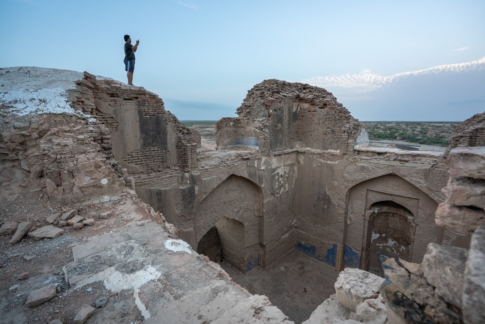 Sindh travel guide - Exploring an abandoned fort with Aamish near Thatta - Lost With Purpose travel blog