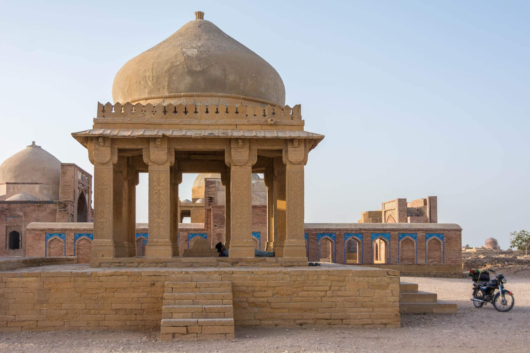 Sindh travel guide - Tomb at Makli Hill Necropolis - Lost With Purpose travel blog